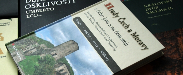 Z kniznice - Hrady Cech a Moravy V